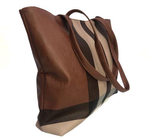 Bolso en polipiel marrón estilo Burberry